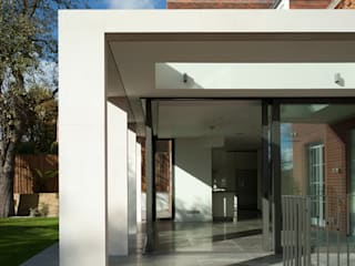 Hollycroft Avenue, Hampstead Modern houses by Alan Higgs Architects Modern