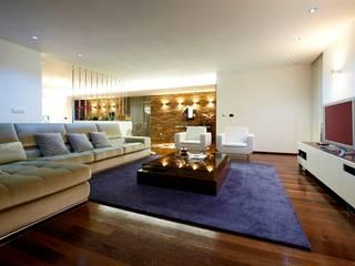 Risco Singular - Arquitectura Lda Salones de estilo minimalista