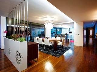 Augusta House Risco Singular - Arquitectura Lda Salle à manger minimaliste