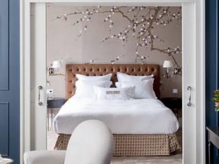eclectic Bedroom by Larforma