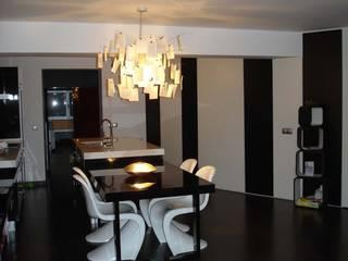 piso loft:  de estilo  de INPROJEKT