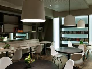 Estudios y oficinas industriales de Rhyzoma - Arquitectura y Diseño Industrial