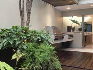 Remodelacion Casa: Hogar de estilo  por Rhyzoma - Arquitectura y Diseño