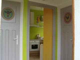 L'entrée donne le ton: Maisons de style  par Katia Rocchia Home Designer