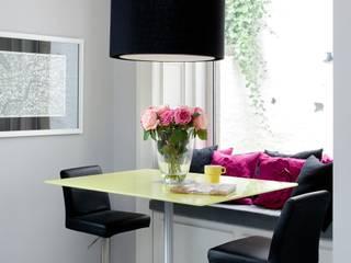 WENDY'S KITCHEN Moderne Küchen von Diane Berry Kitchens Modern