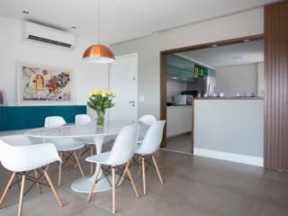 Sala de jantar: Salas de jantar  por Decorare Studio de Arquitetura,Moderno
