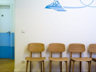 NEUMANN+KAFERT Bürogemeinschaft für Architektur und Innenarchitektur:  tarz Ofisler ve Mağazalar