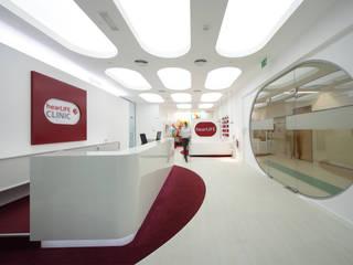 Care Center Moderne Geschäftsräume & Stores von inside Innenarchitektur Modern