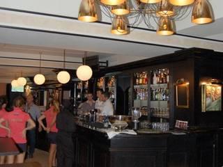 Lennox the pub: Locales gastronómicos de estilo  de Taller de diseño Edificacion y Urbanismo S.L.  (TDEU)