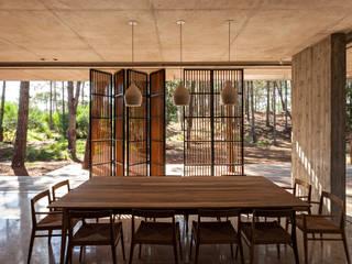 Casa Marino Puertas y ventanas modernas de ATV Arquitectos Moderno