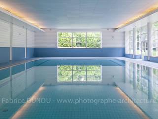 Domaine Les Fontaines:  de style  par Fabrice Dunou photographe d'architecture Paris