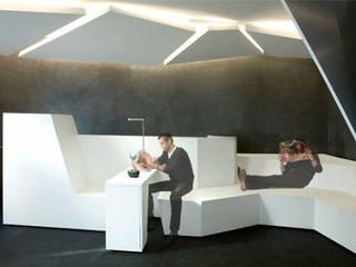 Espace d'attente: Espaces commerciaux de style  par Galaktik