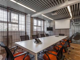 ATV Arquitectos Oficinas y tiendas de estilo moderno