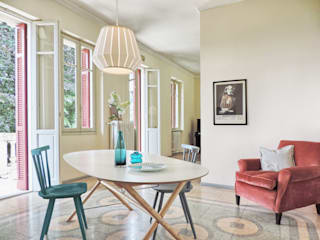 Eclectic style dining room by Boite Maison Eclectic