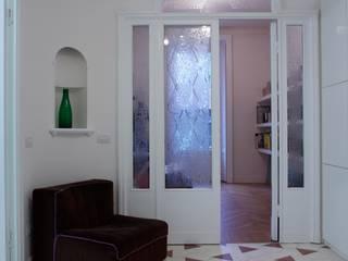 ingresso: Case in stile  di Studio Peveri