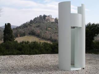 HANG#J : Giardino in stile in stile Industriale di Margarete (Architetti Anselmi S. e Crucianelli E.)