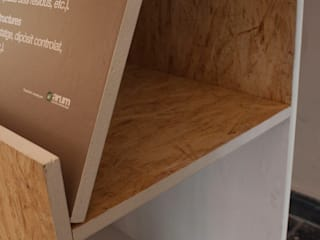 """Exposición itinerante. """"Los Peldaños del Reciclaje"""" Diseño de ferias de estilo industrial de ALBERT SALVIA dissenyador d'interiors Industrial"""