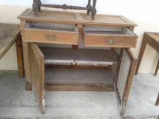 La recuperación de un mueble modernista Atmospherabcn ComedorVitrinas y aparadores