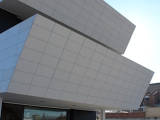 VIVIENDA UNIFAMILIAR FM:  de estilo  de forma2arquitectos