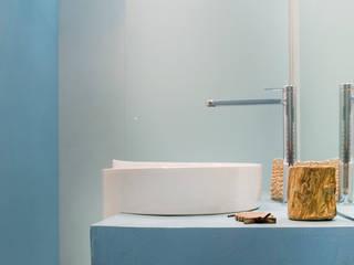 Baños de estilo  por moovdesign