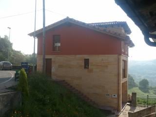 VIVIENDA TORAZO de Agora Arquitectos