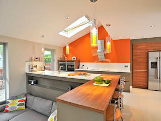 MR & MRS BENNETT'S KITCHEN Diane Berry Kitchens Cucina moderna
