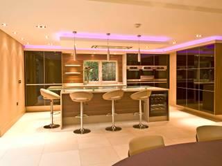 MR & MRS MATHER'S KITCHEN:  Kitchen by Diane Berry Kitchens