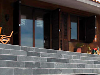 CASA XP: Casas de estilo  de c7arquitectes