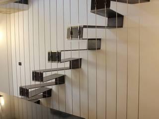 JC's House: Case in stile  di BEARprogetti - Architetto Enrico Bellotti
