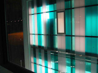 VIVERO DE EMPRESAS Oficinas y tiendas de estilo moderno de BM2C Arquitectos Moderno