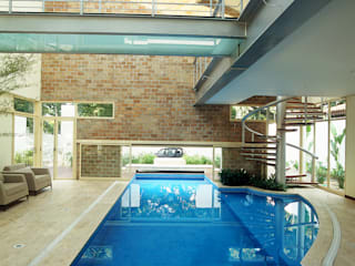 Piscine par Betty Birger Arquitetura & Design