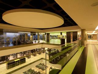 Тренажерные комнаты в . Автор – Betty Birger Arquitetura & Design, Модерн