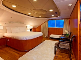 40m Super Yacht Classic style bedroom by Amber Design Classic