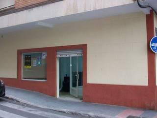 Reforma local comercial: Oficinas y Tiendas de estilo  de Lera & Blanco