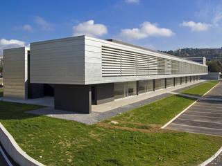 Centro Cortonese:  in stile  di HOFLAB
