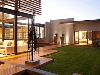 House Abo 모던스타일 주택 by Nico Van Der Meulen Architects 모던