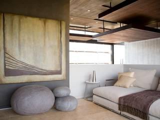 Phòng ngủ theo Nico Van Der Meulen Architects ,