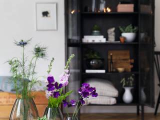Skandinavische Wohnträume: modern  von desiary.de Fine Living Accessoires,Modern