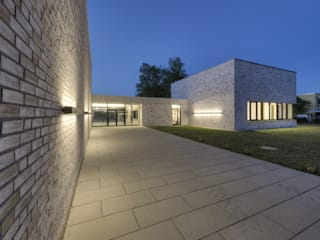 de estilo  por weinbrenner.single.arabzadeh. architektenwerkgemeinschaft
