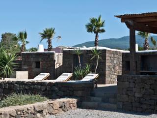 Villas de estilo  de Gianluca Bugeia ARCHITETTO, Mediterráneo