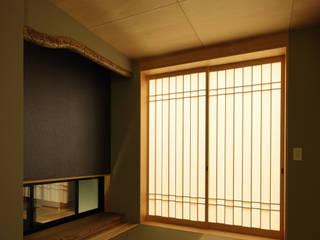 たつの市 長真の家: 株式会社 オオタデザインオフィスが手掛けた和室です。