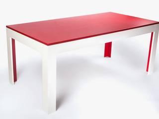 Moderner Esstisch:   von Busch/Design/Möbel