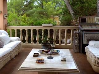 BONITA VILLA LIVE PROPERTIES EN COSTA DE LA CALMA Casas de estilo mediterráneo de LIVE PROPERTIES Mediterráneo