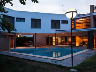 Vivienda Unifamiliar Aislada de JESAUR Arquitectura & Urbanismo.
