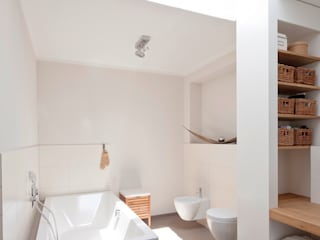 in_design architektur Modern bathroom