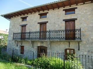 REHABILITACIÓN_UNIFAMILIAR Casas de estilo rústico de JESAUR Arquitectura & Urbanismo. Rústico