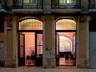 Restaurante Santa Rita (2011): Espaços de restauração  por pedro pacheco arquitectos,Minimalista