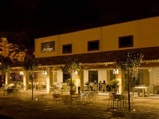 Vista nocturna: Locales gastronómicos de estilo  de garcia de leonardo arquitectos