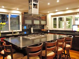 Casa Guadalquivir Cocinas modernas de CORTéS Arquitectos Moderno