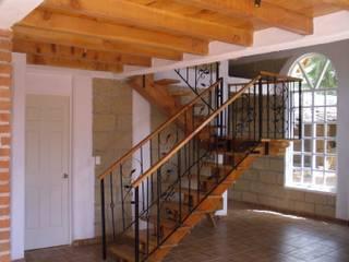 Rustic style corridor, hallway & stairs by JRK Diseño - Studio Arquitectura Rustic
